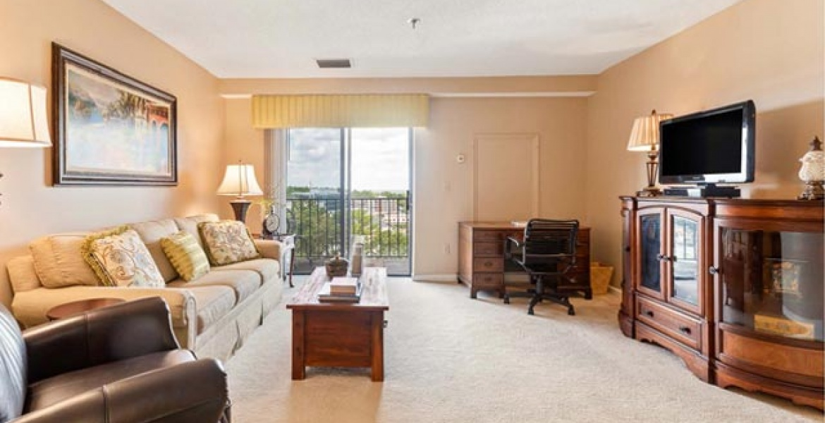 300 Johnson Ferry Rd,NE,Sandy Springs,Georgia 30328,Condo,Johnson Ferry Rd,NE,10,1070